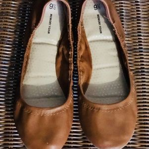 Faded Glory brown Memory Foam Flats size 9 1/2